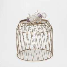 SMALL ROUND TRAY TABLE - Bedroom - Gypset - Shop by collection | Zara Home Belgium