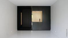 Rénovation d'un studio. Du projet à la réalisation. Paris www.etatdegrace.fr Work in progress from design project to realisation. Paris #interiordesign #designinterieur #architectureinterieure #projet #project #black&white #wood #plywood #valchromat
