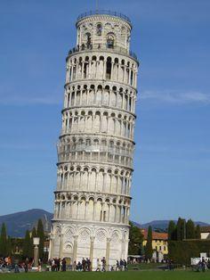 4061607144 b09706100e b 600x450 100 most famous landmarks
