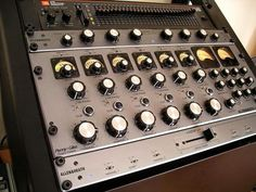 Allen & Heath Xone V6 Pro 6 Channel DJ Mixer Penny and Giles Faders. Thats Quality DJ Mixing Baby #mikelafunk