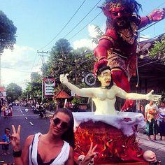 Selamat Hari Raya Nyepi  Día de silencio portinadepp #bali #balibucketlist #dayofsilence #tradition #hindu #indo #culture #ogohogoh #Dance #ceremony #shhh #wheninbali #thisisbali #lovebali #parade # nyepi2015 #religion #meditation #reflection