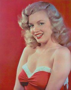 Marilyn Monroe, photo by Laszlo Willinger, 1949