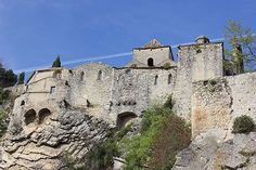 VAISON-LA-ROMAINE, A TOWN WITH A MEDIEVAL AND A ROMAN HERITAGE