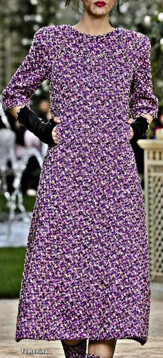 Chanel at Couture Spring 2018 - Details Runway Photos Purple Fashion, Fashion Colours, Chanel Fashion, Couture Fashion, Christmas Fashion, Autumn Fashion, Clothes Encounters, Contemporary Dresses, Fashion Fabric