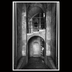 """#Repost @archslp #muziomilano #monumentoaicaduti #polimi 1928 Monumento ai Caduti (collab.Alpago Novello-Buzzi-Cabiati-Ponti) PARTECIPA a #MUZIOMILANO Scopri fotografa e condivisi su IG oltre 50 edifici progettati da Giovanni Muzio lungo il Novecento. Da Ca' Brütta alla Triennale. Vi aspettiamo dal 15 aprile al 10 luglio al Castello Sforzesco di Milano con la mostra """" Ca' Brütta 1921 Giovanni Muzio Opera Prima"""" _________________________ We are waiting from 15 april to 10 july to Milan's…"""