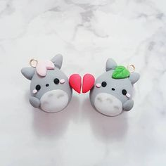 ❤ This Kawaii Ghibli Totoro Valentine Couple charm may vary from the photo as it will have to be handmade. ❤ This a set of 2 charms ❤ All my charms are made with polymer and will come with a lobster claw clasps. ❤️ All my charms can be worn on as a necklace, bracelet, key chain,