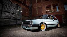 VW Golf MK2 ....lovee the dubbbbbb ;}