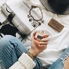 Gold Honeybee Statement Necklace #flatlay #fashion -  22,90 € @happinessboutique.com