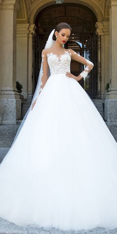 Nice 51 Amazing Long Sleeve Wedding Dresses Ideas. More at http://trendwear4you.com/2018/04/06/51-amazing-long-sleeve-wedding-dresses-ideas/