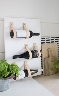 DIY - Interior-Inspiration ❤ Two for Fashion - Ideen Wine Rack Inspiration, Wine Rack Design, Diy Kitchen Projects, Kitchen Ideas, Kitchen Design, Diy Simple, Wine Shelves, Kitchen Shelves, Diy Holz