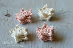Crochet Star Flower Lights- Make these boho chic flowers with a bit of cotton yarn and a string of lights.