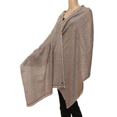 cashmere hand loomed white and beige diamond texture stole.