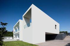 Vila do Conde House by Raulino Silva Arquitecto - Archiscene - Your Daily Architecture & Design Update