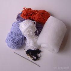 Throw Pillows, Blog, Amigurumi, Toss Pillows, Cushions, Decorative Pillows, Blogging, Decor Pillows, Scatter Cushions