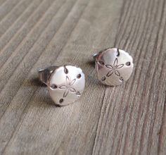 Cute Sterling Sand Dollar Stud Earrings...great for a beach wedding!