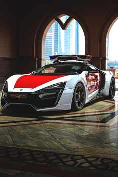 Abu Dhabi Lykan Hypersport Police Car