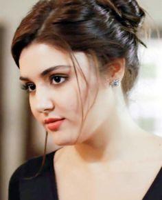 Turkish Women Beautiful, Beautiful Girl Indian, Beautiful Girl Image, Beautiful Indian Actress, Beautiful Models, Beautiful Celebrities, Beautiful Actresses, Cute Beauty, Beauty Full Girl