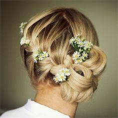 Hairstyle    http://mylittlemisspriss.com
