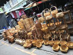 💐🌤🎊เฟอร์นิเจอร์สไตล์ไทยไทย สำหรับตกแต่งบ้าน 🏡 🌤🍽ร้านค้า ร้านอาหาร โรงแรม รีสอร์ท 🏘 🎏สปา และสถานที่ต่างๆ🎏 จำหน่ายปลีกส่ง แหล่งรวม… Bamboo Lamp, Firewood, Straw Bag, Texture, Crafts, Bags, Surface Finish, Handbags, Woodburning
