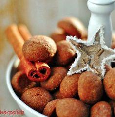 Plätzchen nur zu Weihnachten? Aber besimmt nicht die Schokoseufzer. Weihnachtskekse, die auch schon im Herbst schmecken. https://herzelieb.de
