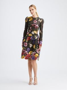 Latest Wedding Trend? Pressed flowers in Weddings! Find floral dresses, pressed flower jewelry, invitations, cakes and decor! Pretty Dresses, Dresses For Work, Short Dresses, Oscar Dresses, Full Length Gowns, Michael Kors Collection, Get Dressed, Designer Dresses, Dress Outfits