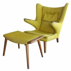 Hans J Wegner Papa Bear chair in a great colour
