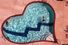 Broken-hearted lovers bathe in the pool at Heartbreak Hotel pool opposite Graceland Jacuzzi, Heartbreak Hotel, Hotel Pool, Dream Pools, Swimming Pools Backyard, Cool Pools, Epic Pools, Graceland, Pool Designs