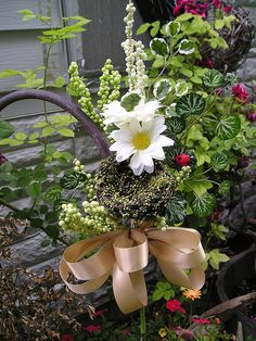 end of pew flowers, love!