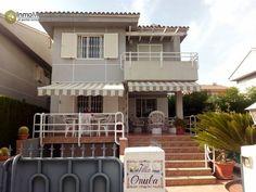 Villa con piscina en Benicassim Villa de 300 m2 de parcela 4 habitaciones 4 baños, 3 alturas http://nazca-alliance.com/es/activo/villa-con-piscina-en-benicassim