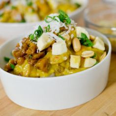 Hawaiian food recipes - there's a whole bunch of recipes I am dying to try on this site! Can't wait!