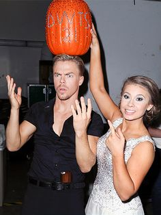 Star Tracks: Tuesday, October 20, 2015 | PUMP-KING | Bindi Irwin mystifies partner Derek Hough with a pumpkin crown backstage at Dancing with the Stars following the pair's moving performance on Monday night in L.A.