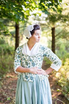A Lass Of Yesteryear: Colonial Era 17th Century Clothing, 18th Century Dress, 18th Century Costume, 18th Century Fashion, 19th Century, Couture Mode, Haute Couture Fashion, Historical Costume, Historical Clothing