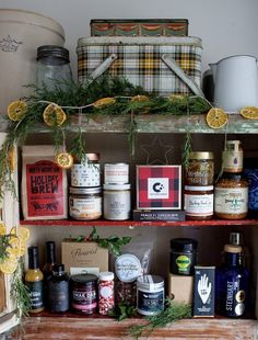 Gift Guide! Gift Ideas that are original, ethical and sustainable. Gourmet Cookies, Home Canning, Craft Markets, Edible Gifts, Prince Edward Island, Summer Picnic, Food Gifts, Flower Petals, Gift Guide
