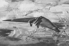The Horten H.IX, RLM designation Ho 229 (often called Gotha Go 229) Horton Flying Wing WWII « UFO-Contact News