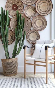 boho home accessories Tonga Wicker Wall baskets Binga African Tribal Baskets Baskets On Wall, Wicker Baskets, Picnic Baskets, Bohemian Decor, Bohemian Style, Bohemian Living, Hippie Style, Dark Bohemian, Bohemian Bedrooms
