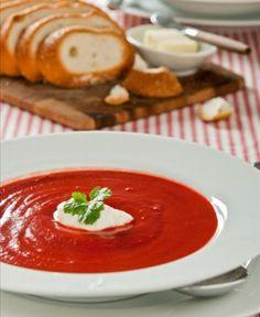 Sopa de beterraba  Sem adição de gordura, ela tem 59 calorias e é uma boa pedida para manter a forma.