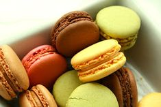Macaroons Thermomix: Recipe of French Macarons Macaroons, Classic French Desserts, Baking Classes, Thermomix Desserts, Different Recipes, Sweet Recipes, Food Art, Food And Drink, Sweets