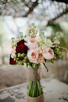 bridal bouquet idea; photo: Galaxie Andrews