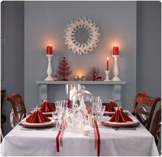 Contemporary twist on traditional Christmas setting.