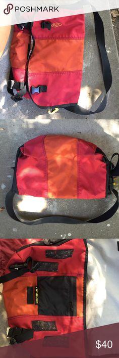 Timbuk2 messenger bag Canvas messenger bag.  Good used condition. No tears or pilling. Timbuk2 Bags