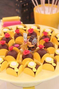 Ideas para Cumpleaños: 13 ideas para decorar Fiesta Bella y la Bestia Beauty And The Beast Cake Birthdays, Beauty And Beast Birthday, Beauty And The Beast Theme, Beauty And Beast Wedding, Beauty And The Best, Disney Beauty And The Beast, Dinner Themes, Party Themes, Party Ideas