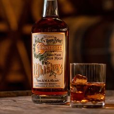 OLD WHISKEY RECIPE - Google Search Whiskey Recipes, Oldest Whiskey, Tennessee Whiskey, Drinks Cabinet, Old Recipes, Distillery, Bourbon, Whiskey Bottle, Liquor
