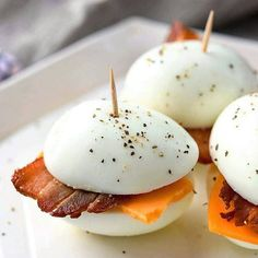 These Low-Carb 'Bacon And Eggers' Are Such An Easy Breakfast - low Carb Diet Plan- Paleo Diet Plan Breakfast Low Carb, Breakfast Recipes, Bacon Breakfast, Hard Boiled Egg Breakfast, Breakfast Appetizers, Ketogenic Breakfast, Gourmet Breakfast, Breakfast Buffet, Morning Breakfast