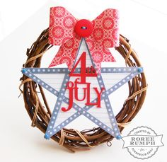 4th of July #wreath by Roree Rumph #WeeklyScrapper #ScrapbookExpo