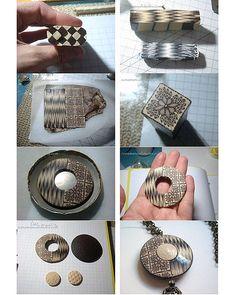 Queria mostraros la murrina Ikat por que me gusta más como queda de esta forma que siendo totalmente cuadrada y aplastándola. Las otras fotos por si os interesa el proceso.