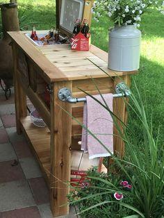 Outdoor Kitchen Discover Outdoor Cedar Bar with Cooler and Bottom Shelf Outdoor Bar Cart, Outdoor Cooler, Diy Outdoor Bar, Diy Outdoor Kitchen, Outdoor Living, Outdoor Decor, Deck Cooler, Outdoor Barbeque Area, Outdoor Bar Furniture