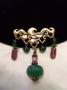 Baroque Style Charm Brooch Green Purple Glass Bead Gold Plate Vintage Badge Pin #Unbranded
