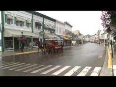 Five Minutes on Mackinac - Downtown Awakes