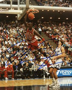 NBA Legend Michael Jordan Autograph Hand Signed Photo COA