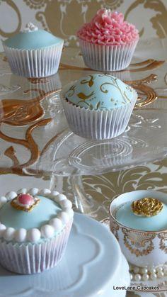 Bespoke Vintage Cupcakes